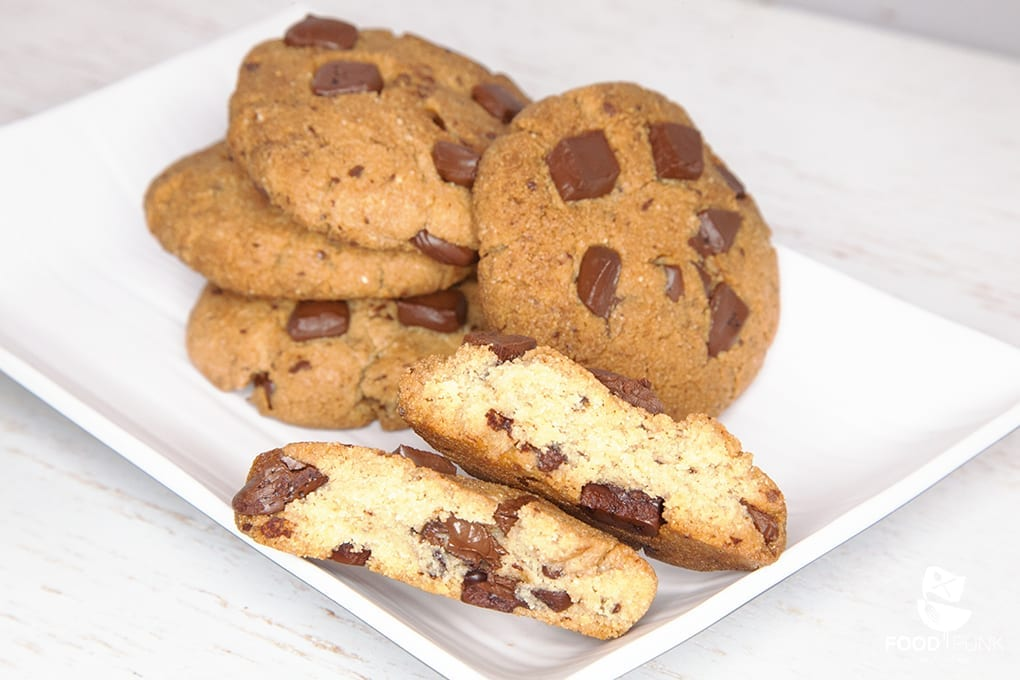 foodpunk chocolate chip cookies low carb foodpunk. Black Bedroom Furniture Sets. Home Design Ideas