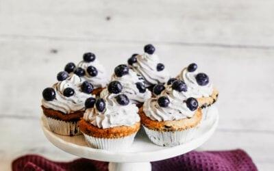 Fluffige Blaubeer-Cupcakes