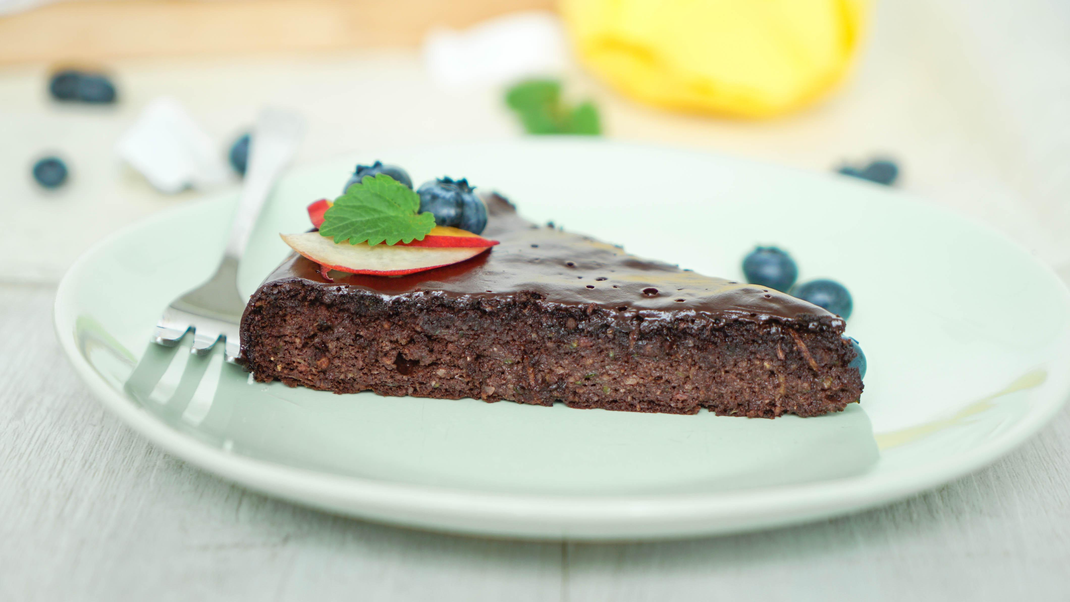Low Carb Zucchinikuchen mit Schokolade