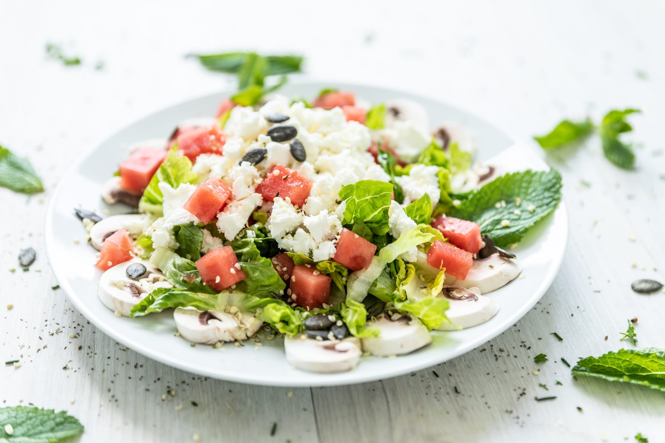Low Carb Wassermelonen-Salat mit Champignons