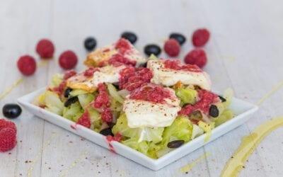Scharfer gebratener Chili-Feta mit Spitzkohl