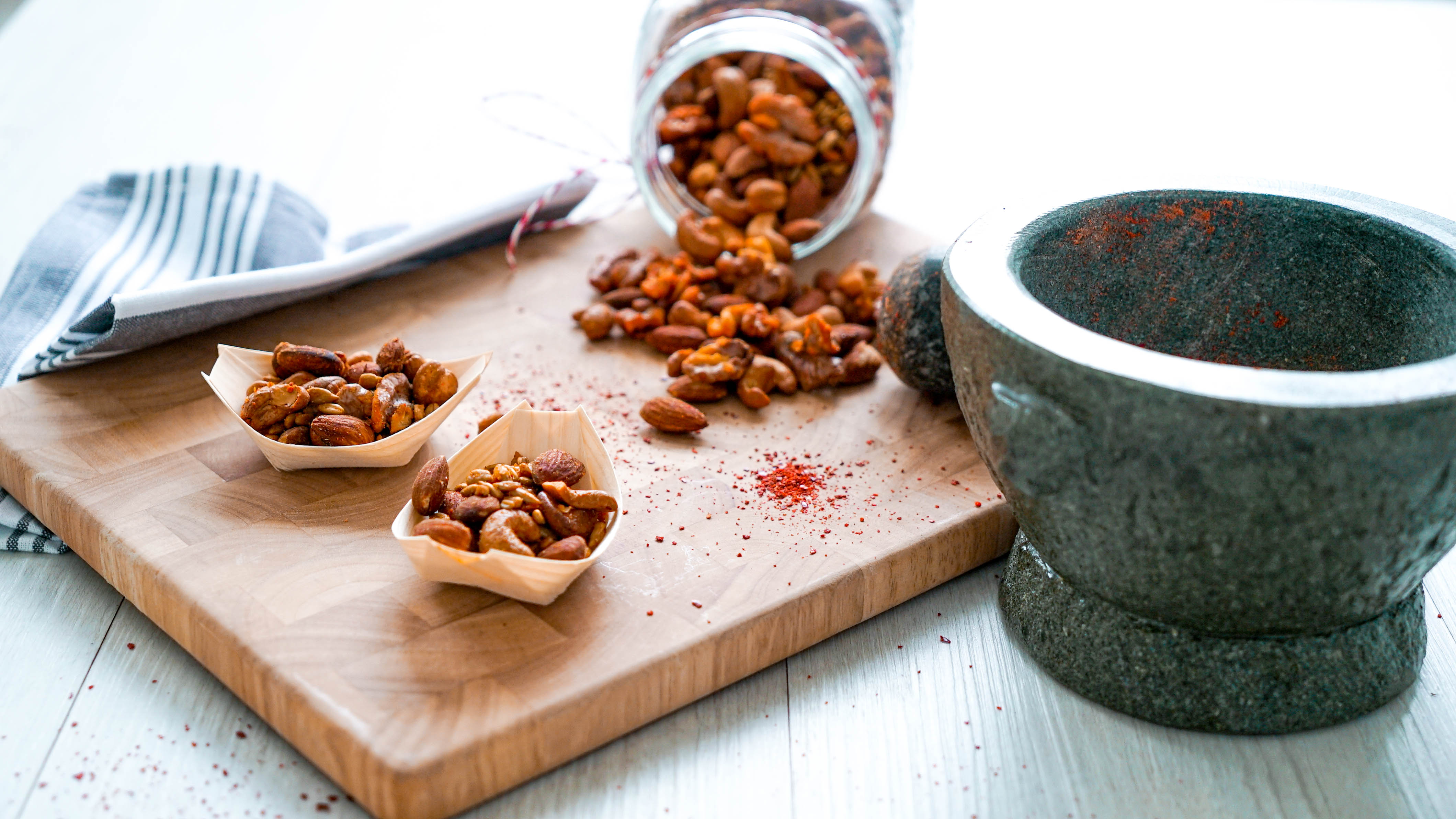 keto Spicy Nut Mix