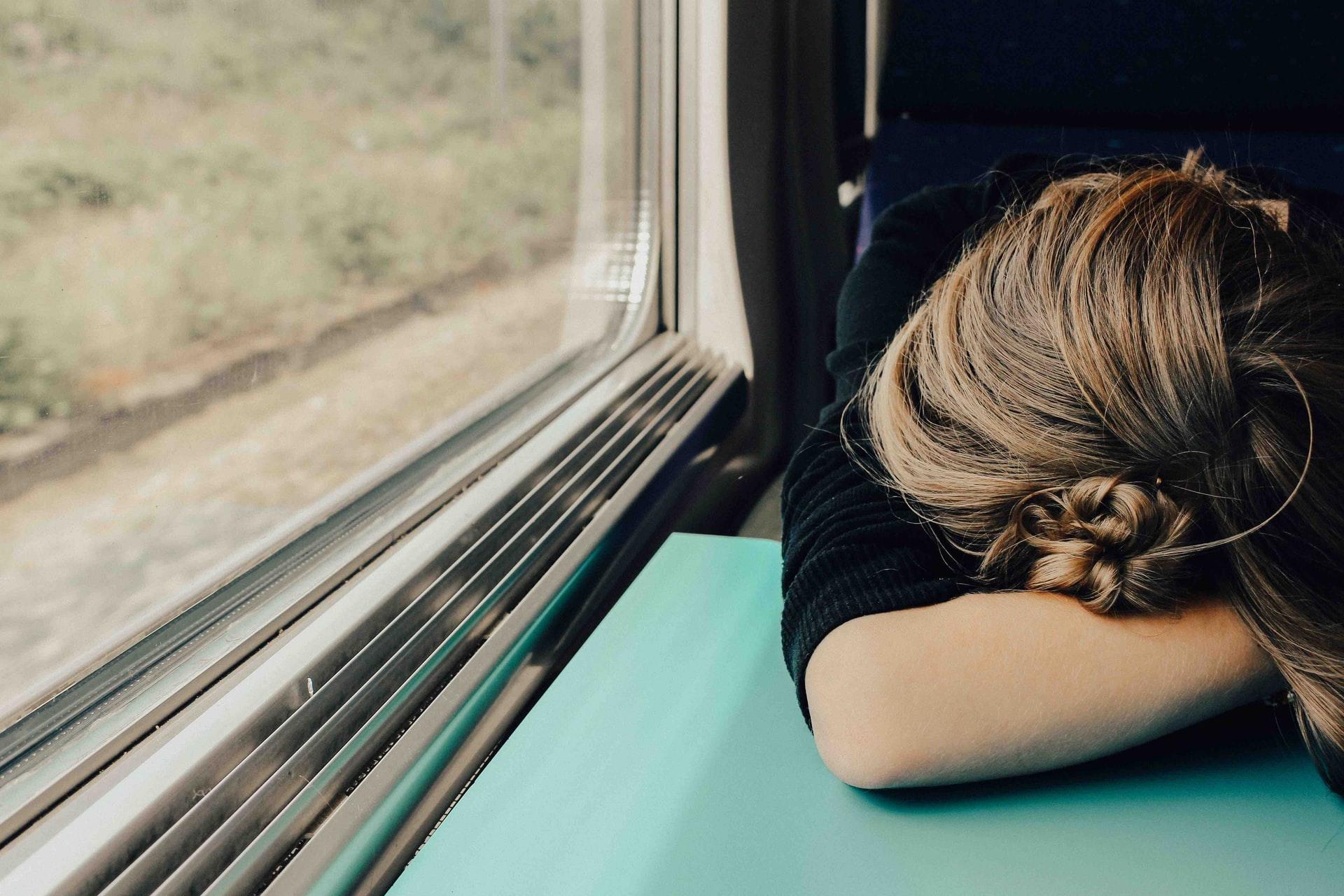 Frau müde Stoffwechselkur